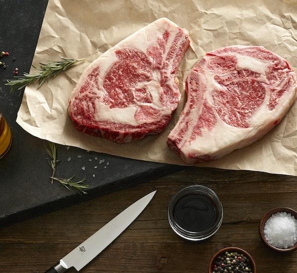 Https%3a%2f%2fcrowdcow blog.imgix.net%2f2017%2f03%2fwagyu 16 oz rib steak.jpg%3fw%3d600%26h%3d550%26fit%3dcrop%26crop%3dfocalpoint?ixlib=rails 2.1