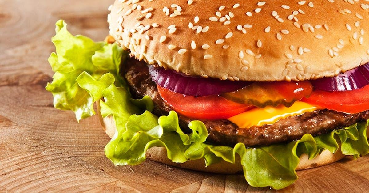 Cheddar Cheese Burger with Dijon Aioli