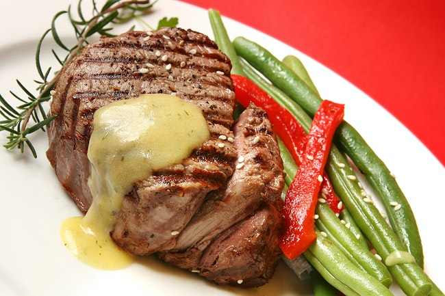 Grilled Tenderloin with Charred Leek Béarnaise Sauce